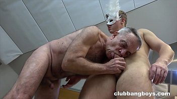 Old stepdad sucks his stepson's dick and gives best rimmjob