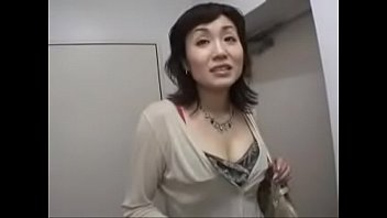 hot japanese milf with big cock 21分钟