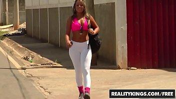 RealityKings - Mike in Brazil - (Lolah Loupan) - Working It In