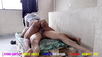 I PRESENTED A HOT FRIEND TO MY FRIEND CARLOS SIMÕES AND LOOK HER FUCKING HOT THAT HOT ROLLER