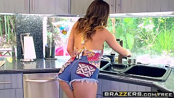 Brazzers - b. Got Boobs - (Ashley Adams) (Keiran Lee) - New Tits On the Block