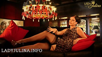 Mistress Lady Julina shows her authentic nylons