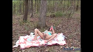 Lee is out for a picnic
