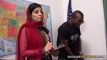 Nadia Ali Learns To Handle A Bunch Of Black Cocks - XVIDEOS.COM