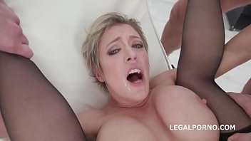 Queen of Balls Deep Anal Dee Williams 4 on 1 DAP