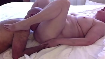 mature amateur milf and 039 s juicy pussy tastes so good