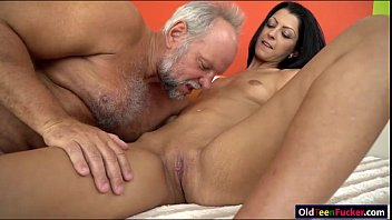 All over itching vaginal Vivien bell eager to suck old cock so its hard for her pussy