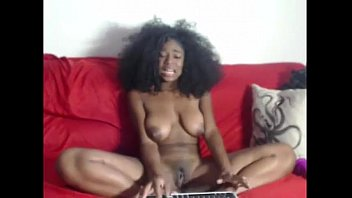 Natural black rubbing her pussy on cam - burstpussy.com