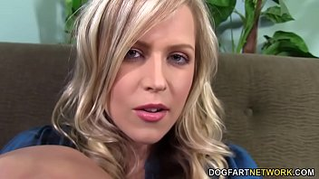 Busty Darcy Tyler Jerks Off Black Dick With Her Feet 10 min