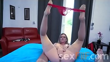 Mother giving her son, a helping hand - FREE SEXFILF.COM