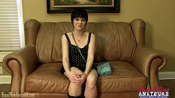 Casting couch amateur gives a blowjob 14 min