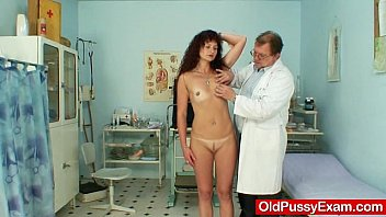 Hot red hair milfs - Redhead milf vagina checkup at kinky hospital