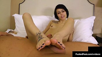 Cute Bailey Paige Takes Off Crazy Converse & Foot Fucks Cock