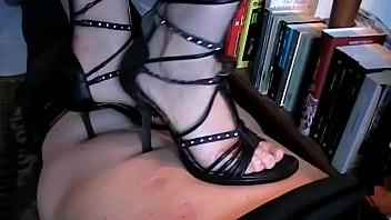 Back Trampling in Heels (Stomach Demolition)