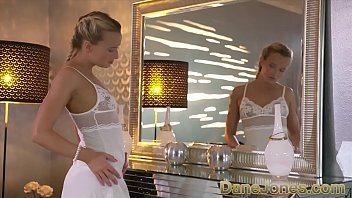 Dane Jones Elegeant blonde beauty romantic fuck and creampie
