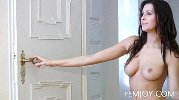 Nude body molding - All natural busty jayla nude in the doorway