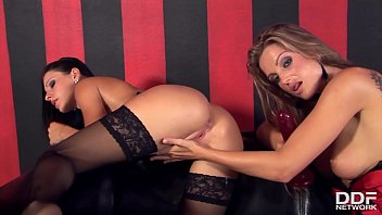 Hot-Blooded Nikki Rider Fists Her Nylon Loving Lesbian Friend Sandra Shine