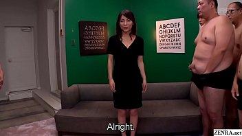 JAV milf Kaho Kasumi striptease for group of men Subtitled thumbnail