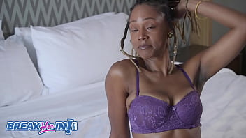 Uniquee Umami's Cougar Mom Sloppy All Holes Fucked 4 min