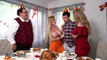 Amateur Boxxx - Kali & Casca's Crazy Cuckhold Threesome Thanksgiving 10分钟