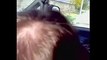 Fa Un Ponpino In Auto