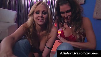 Cock Sucking Milfs Julia Ann & Jessica Jaymes Share A Dick! Vorschaubild