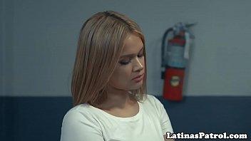 Gorgeous latina cockriding border security