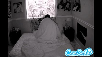 camgirl gets filmed fucking her boyfriend with night vision cam 12分钟