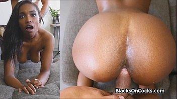 Lubed bigtit black on big cock