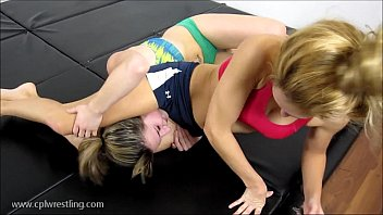 Rosalei s Detrimental K.O - Catfight Facesitting Thumb