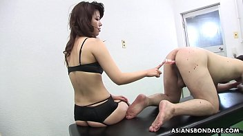 Remi Kawamura Is Wearing A Strap- On And Fucking Ass