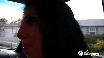 Esperanza Diaz Lets A Guy She Just Met Cum Inside Her thumbnail