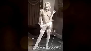 Famous Actress Marilyn Monroe Vintage Nudes Compilation Video thumbnail