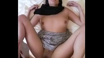 Turkish Hijab gets fucked by her husband