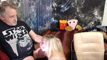 Cuming on Roxys Boobs After Deepthroat Blowjob صورة