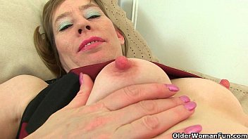 British milf Sexy P peels off her tights Thumb