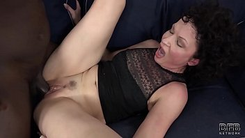 His huge penis makes the housewife have multiple orgasms with screaming pleasure