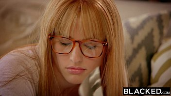 BLACKED First Interracial For Rich Girl Riley Nixon 11分钟