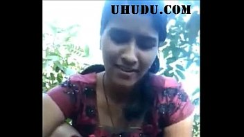 Desi girl very nice sucking in forest