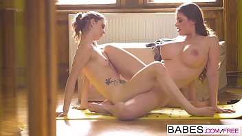 Babes - Step Mom Lessons - Sensual Shevasana  starring  Cathy Heaven and Nick Gill and Tera Link cli صورة