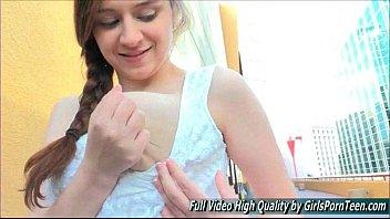 Solo Ellie porn public dress fingers and nipples