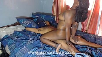 Cowgirl position ebony couple make noise with the bed