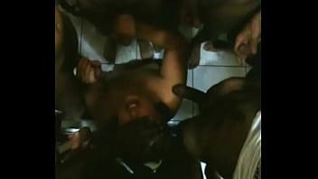 karen (esposinhabh) no gangbang com 12 amigos Curitiba
