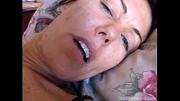 Nancy Vee kinky brunette MILF Porno indir