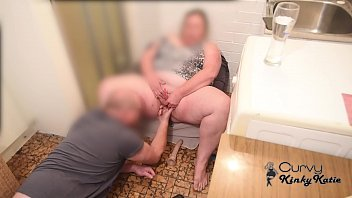 CUTE CURVY BBW MILF STEP MOM BUSTED SMOKING & MASTURBATING BY STEP SON WHO FINGER FUCKS TO MAKE HER SQUIRT
