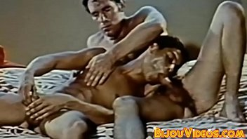 """Vintage muscle gays deepthroat sucking and ass fucking raw <span class=""""duration"""">6 min</span>"""