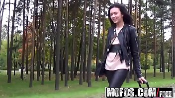Mofos - Stranded Teens - Sheri Vi - Tight Pants Tight Pussy