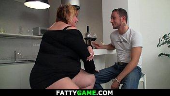 Huge boobs plumper picks up guy for play