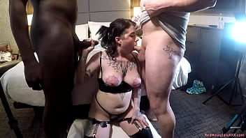 Nothing is off-limits in amateur PAWG Lily Noel's first gangbang 8 min