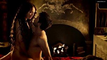 Laura Haddock - Da Vinci's Demons: S01 E01 (2013)